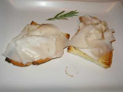 crostini con lardo di colonnata
