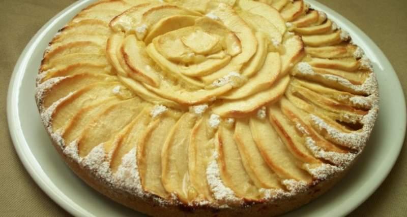 torta di mele con yogurt