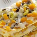 Piatto unico natalizio: lasagne con la zucca gialla e le verdure