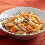 Pennette con zucca, cavolo, gorgonzola e castagne piccanti