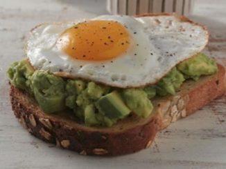 uovo e toast ricetta