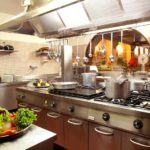 La cucina di un ristorante: quali sono le regole da seguire